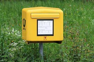 gelber Briefkasten Postmail